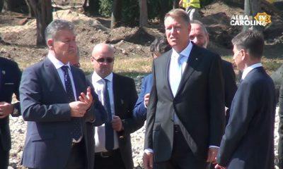 klaus iohannis monumentul marii uniri alba iulia